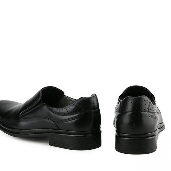 NEW CLASSIC - SLIP ON In BLACK